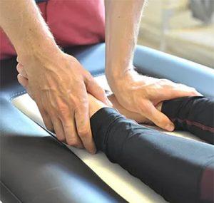 Læs mere om behandlingen: Fysioterapi