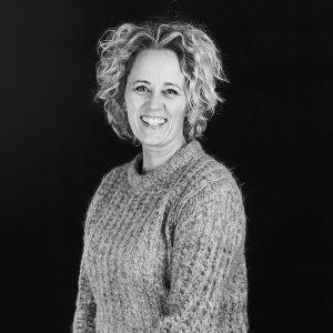 Læs mere om behandleren: Jeanette K. Henriksen