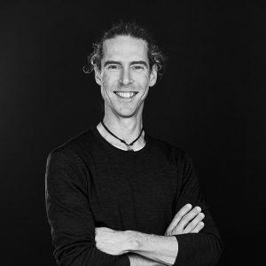 Læs mere om behandleren: Peter Bøgild Risum
